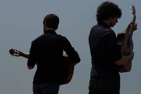 Wedding singer Perth - Duo band playing guitars