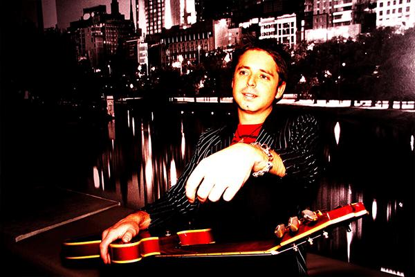 Wedding singer Perth - Josh Johnstone with Guitar.